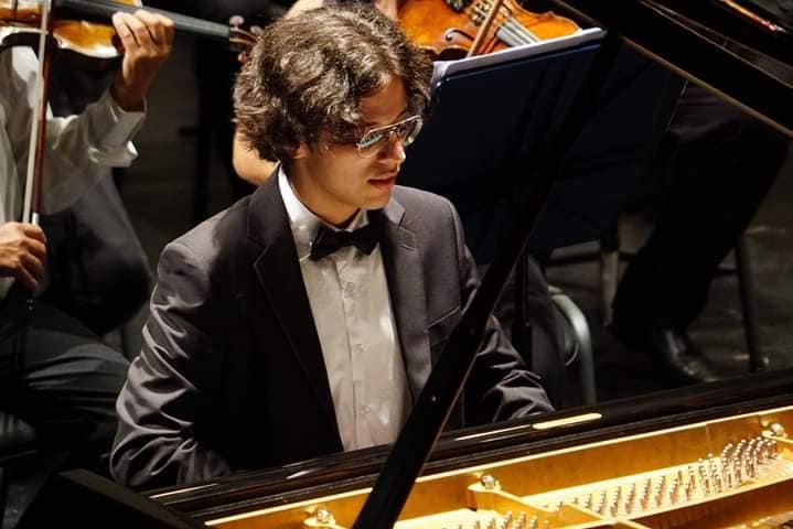 Ervino Rieger - 3º Lugar no E-COMPETITION PIANO EM FOCO 2020